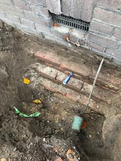 funderingsonderzoek-op-staal-cement-tussen-stenen-slecht.jpg
